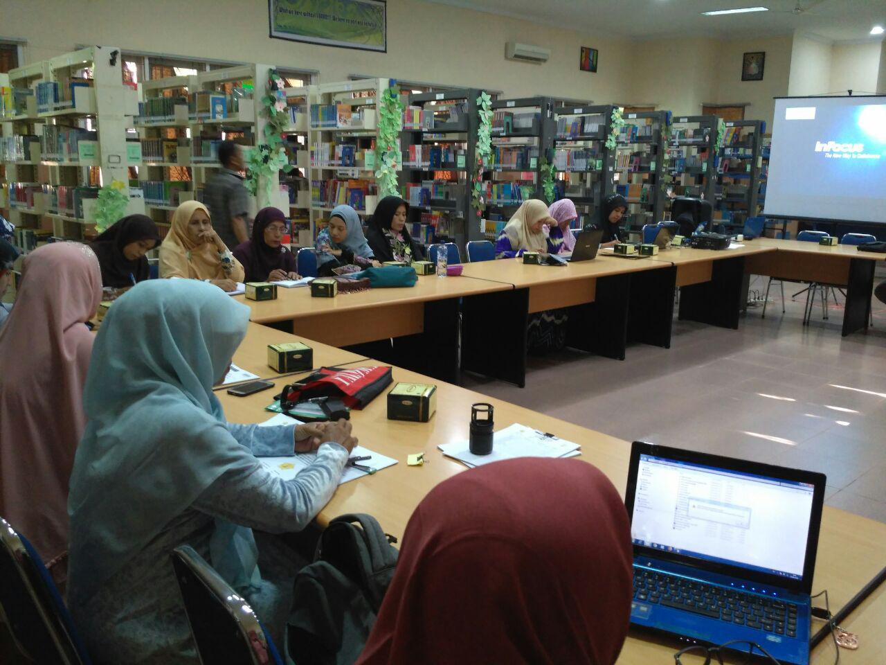 workshop guru pendididkan karakter